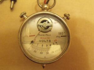 Radio Prim 6/180V /60mA.
